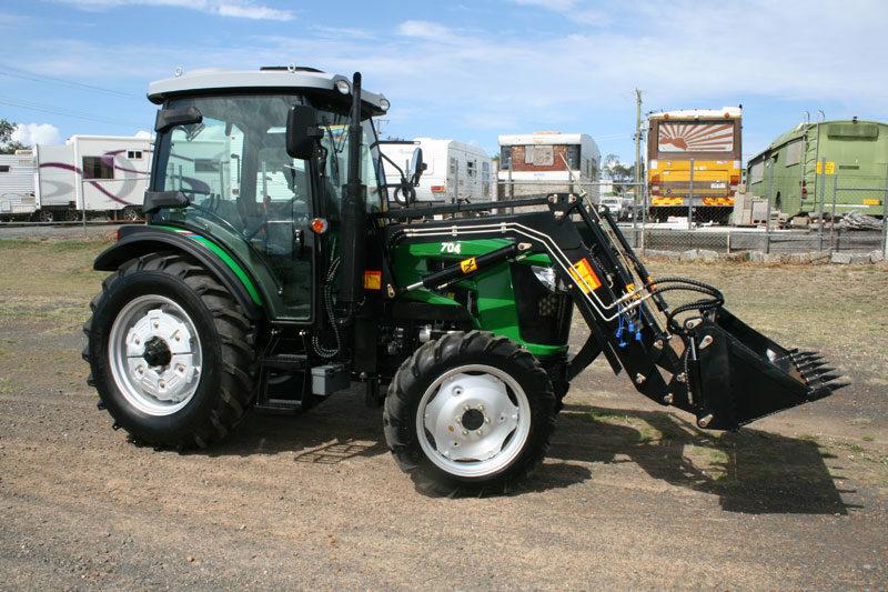 70hp-cabin-tractor-ak704-left
